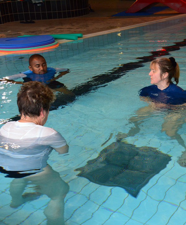 Sophrologie eau piscine